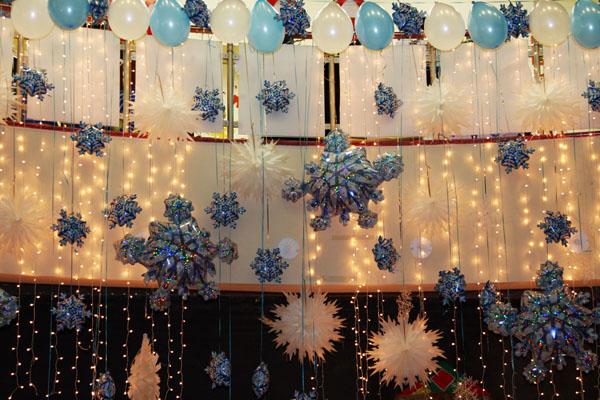 Оформление новогоднего праздника